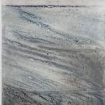 Calçada e horizonte azul